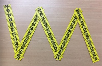 5 Part Folding Metric Reference Scale